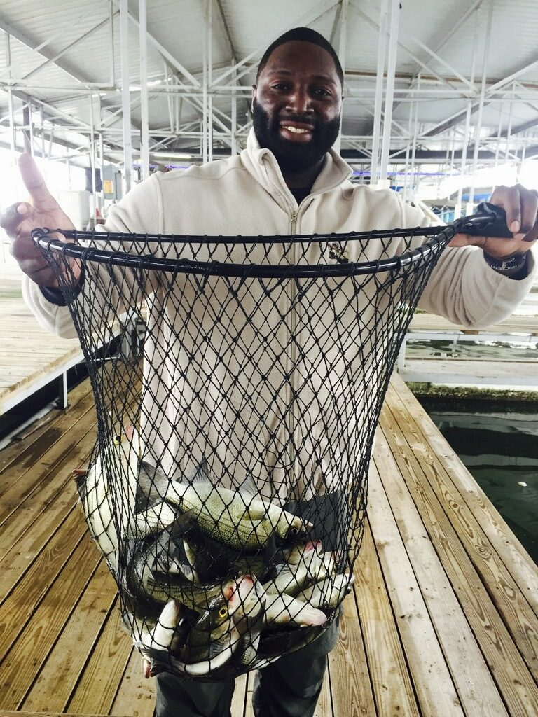 Dallas cowboys fishing jay ratliff lewisville texas for Lake lewisville fishing guide